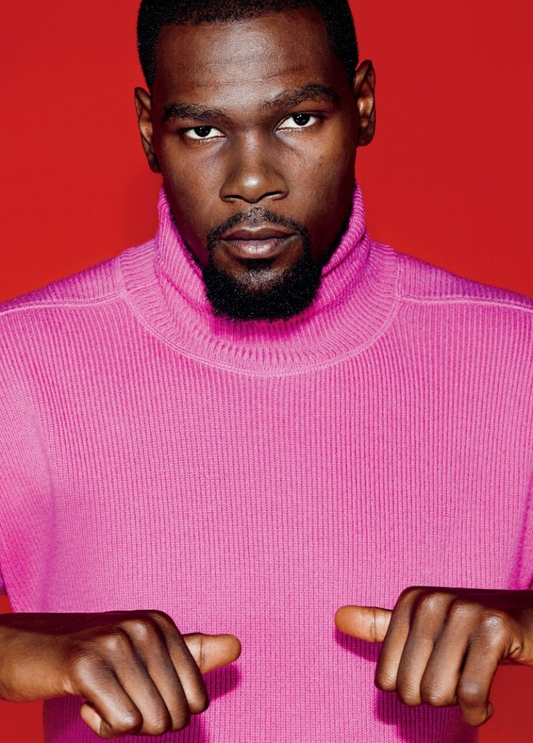 Kevin Durant-Man of the Year-1217-GQ-FEKD06-01