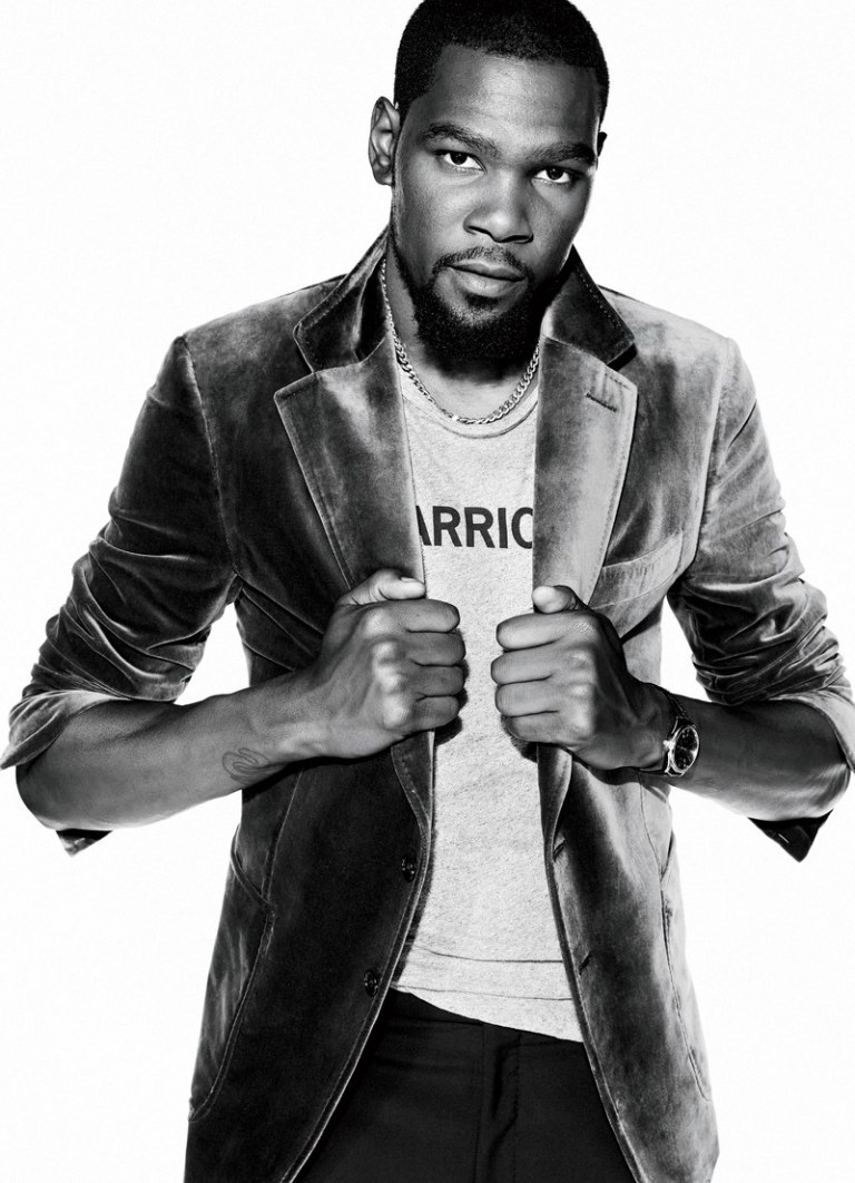 Kevin Durant-Man of the Year-1217-GQ-FEKD07-01